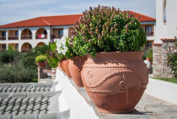 Mediterrane tuinstijl laten leggen